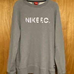 Nike F.C Collection French Terry Sweatshirt SZ. L
